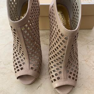 Like New Michael Kors Caged Stiletto Bootie 7.5